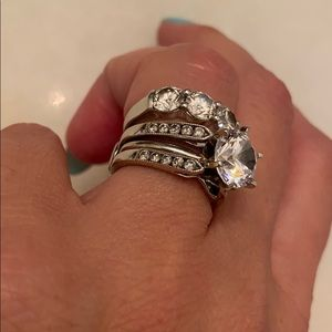 White gold ring guard with diamonds